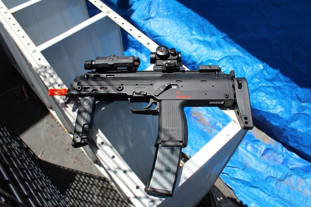 Elite Force H&K MP7 GBB Airsoft SMG