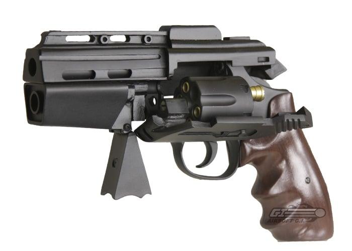 Futuristic Revolvers O...