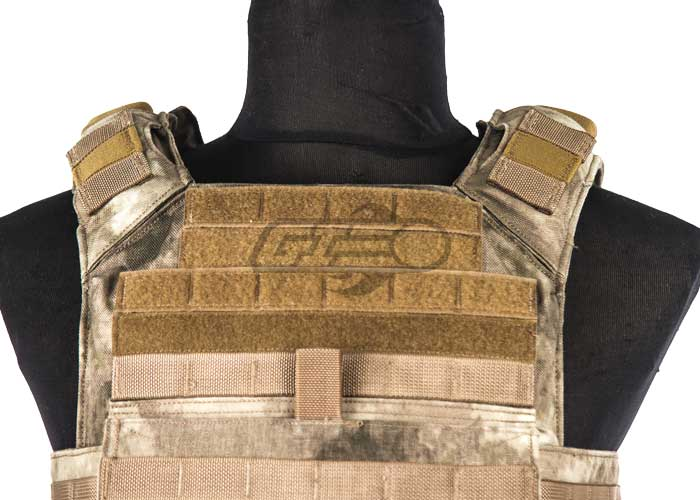 A linked Shellback Tactical coupon does not have an actual coupon code to activate the promotion, but instead a special link. When you click the link to the online store at regfree.ml, you will get the discount automatically when you check out.