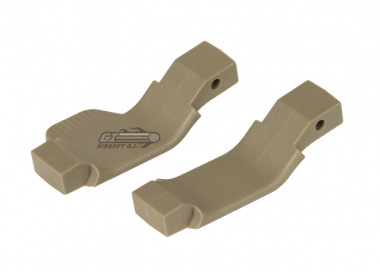 Strike Industries Cobra Trigger Guard for M4 / M16/AR ( Classic+Righty / FDE )